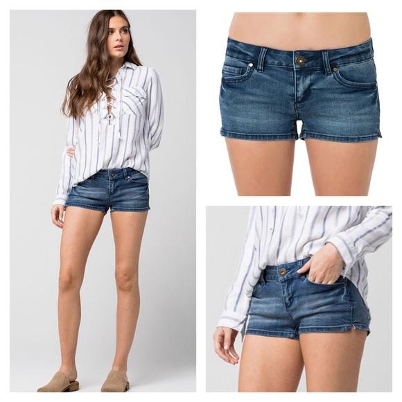 O'Neill Size 3 Wesley Denim Shorts - Like New!